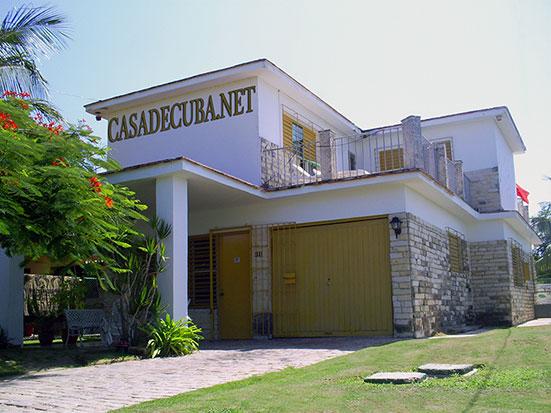 Casas con piscinas en cuba albercas en alquiler en la habana for Casas en alquiler en la playa con piscina
