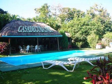 Casas con piscinas en cuba albercas en alquiler en la habana for Casas con piscina en la habana